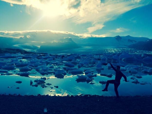 iceland silhoette